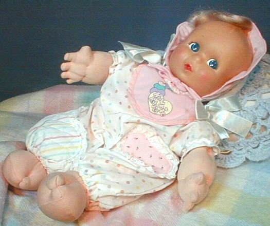 Talking Kewpie Giggles 06