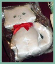 Fancy Feast Ornaments_11