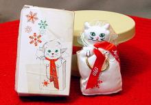 FancyFeast Ornaments 01