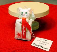 FancyFeast Ornaments 02